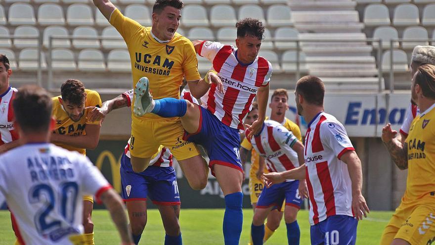 Al UCAM Murcia le sobra con lo justo