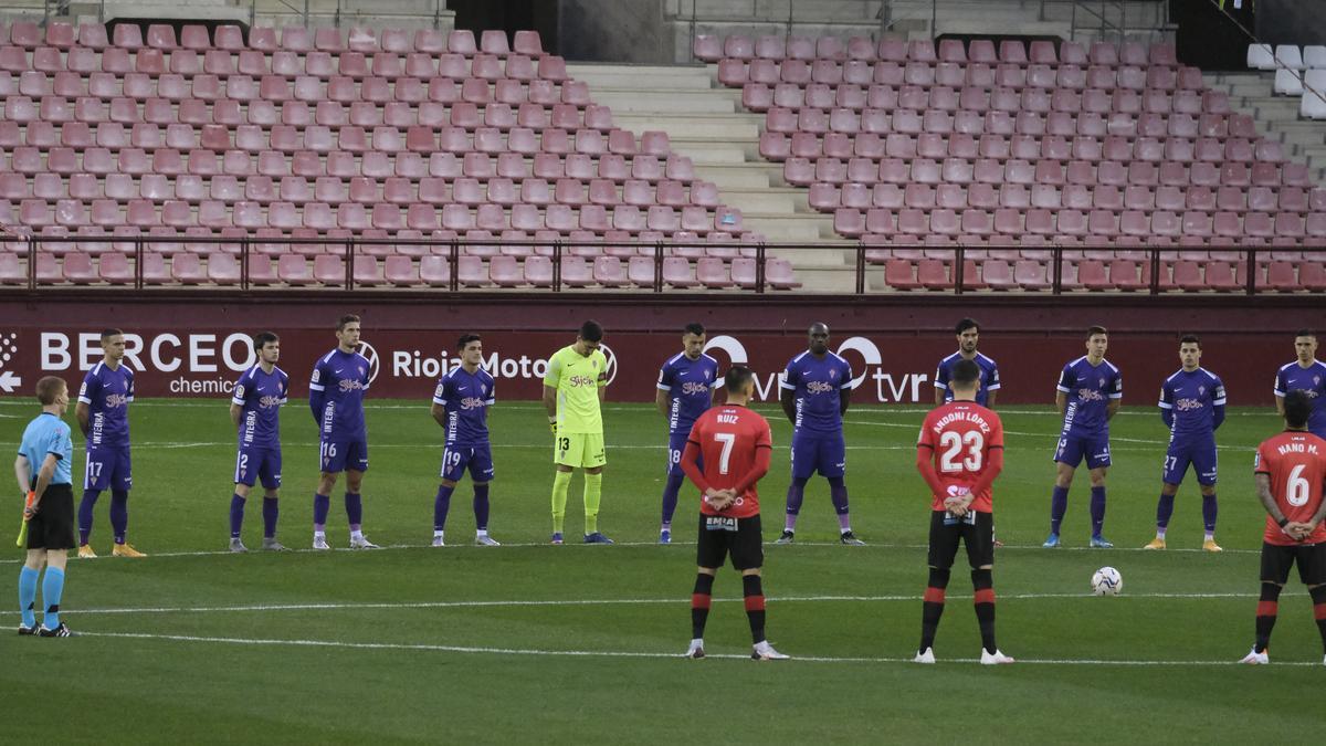 El partido del Sporting ante el Logroñés, en imágenes