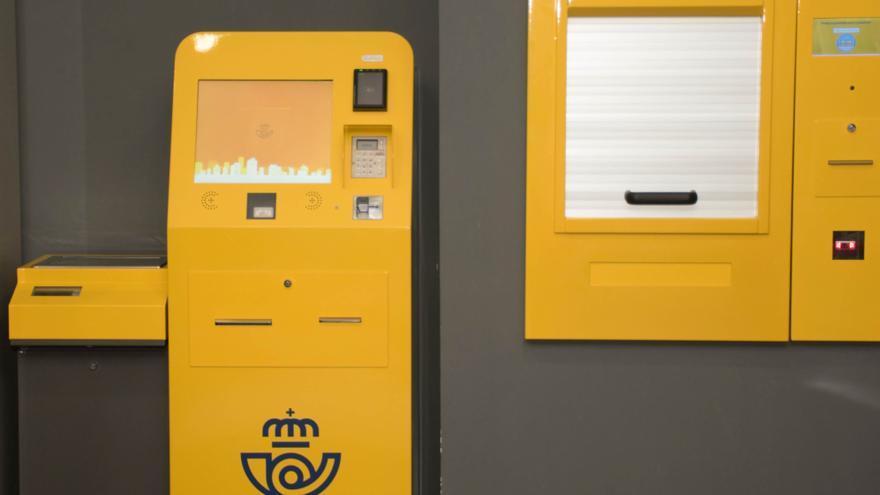 Una máquina autoservicio recogerá paquetes en Correos