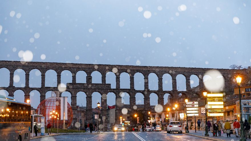 La primera nevada de la temporada en Castilla y León, en imágenes