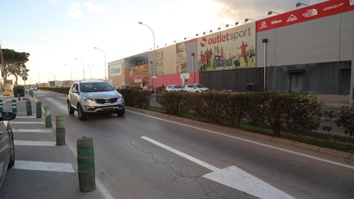 La avenida de Lairón (imagen) delimita el polígono Peri 15 a remodelar.
