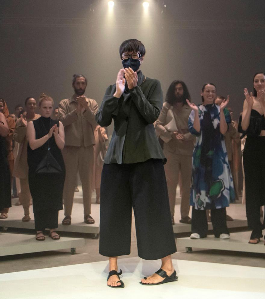 Adolfo Domínguez presenta su nueva colección 'Sexo' con un desfile exclusivo