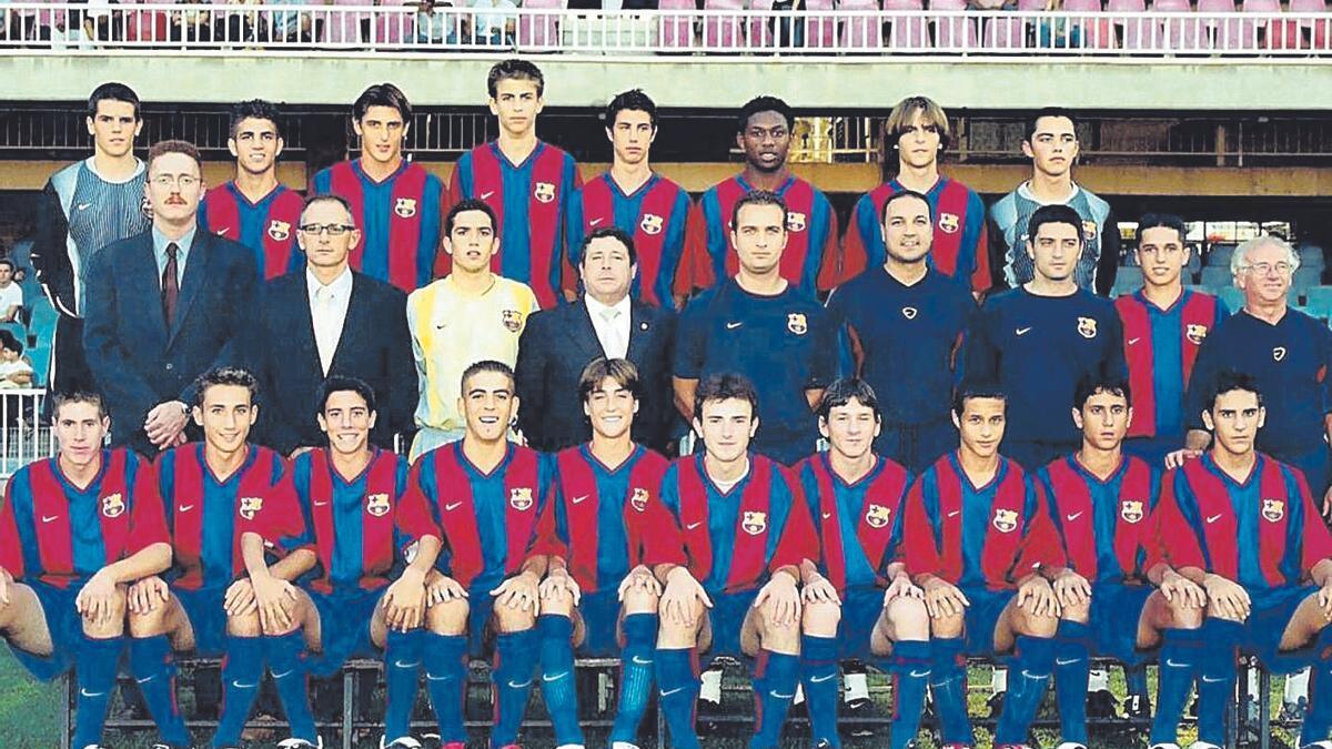 Masó, el primer a baix a l'esuqerra, compartias equip al Mini amb Messi (el setè a baix)
