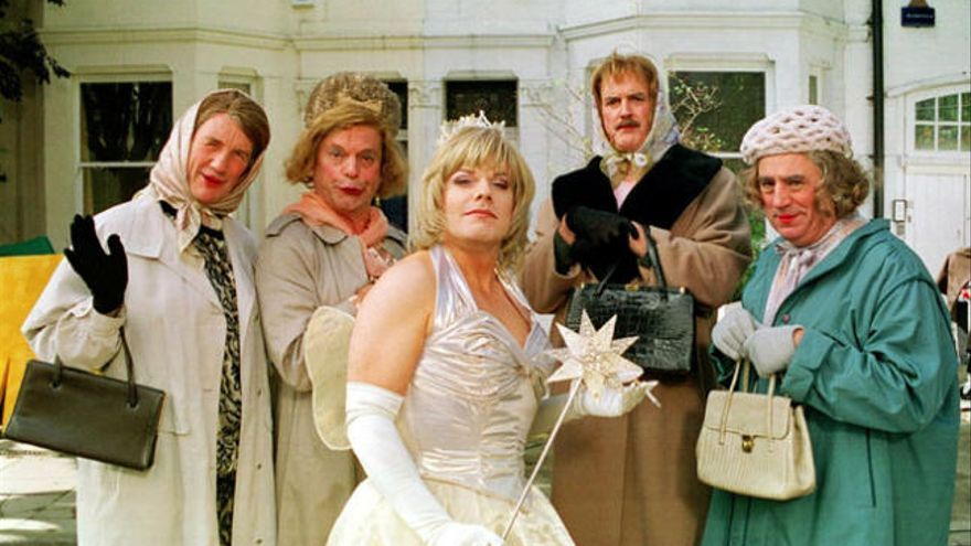 Los Monty Python regresan al cine con el protagonista de 'Sherlock'