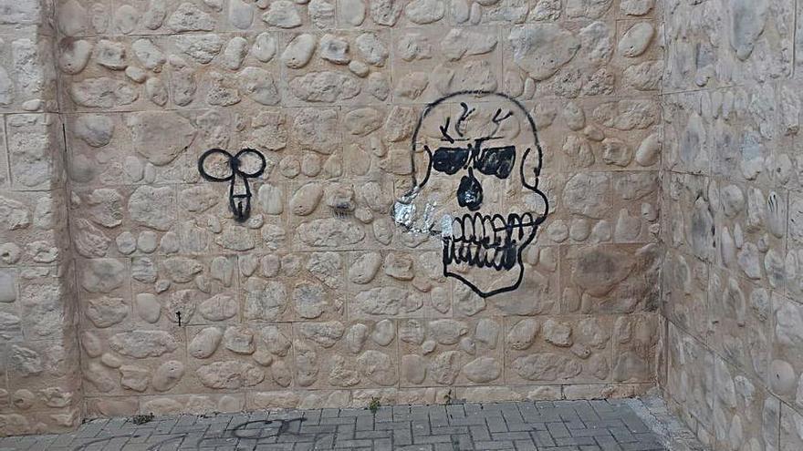 Actos vandálicos sorprenden en Villalonga