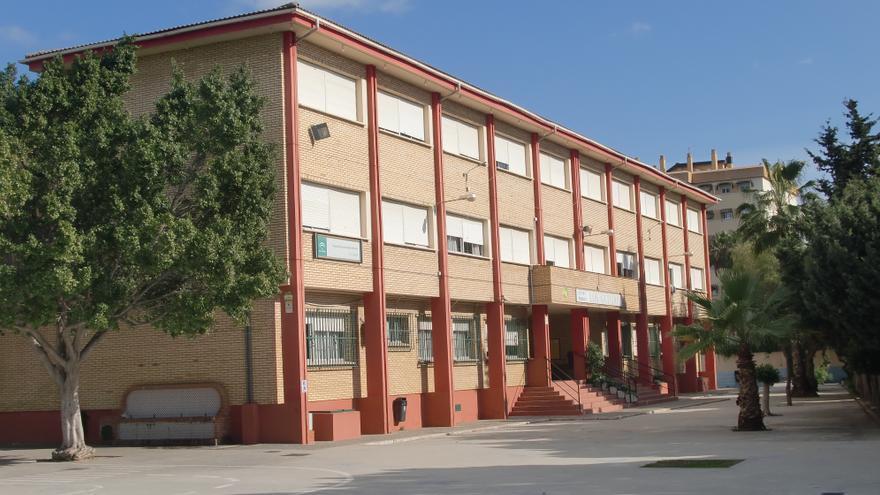 Invierten más de 380.000 euros en la mejora de dos colegios de Málaga