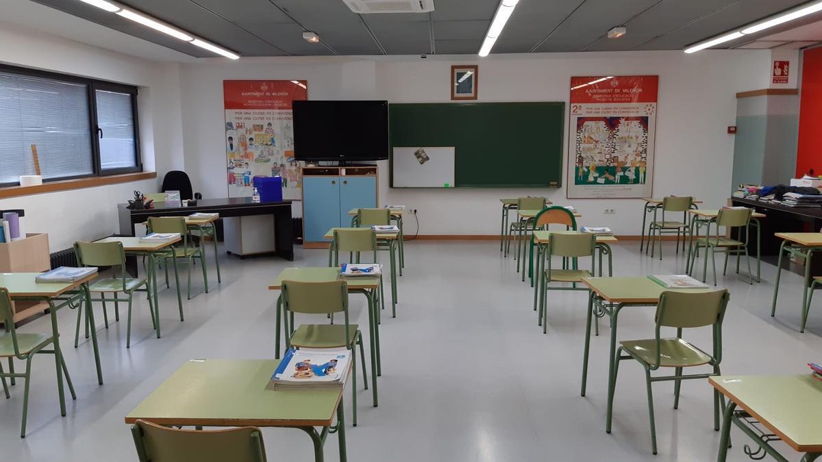Un aula de un colegio en una imagen de archivo.
