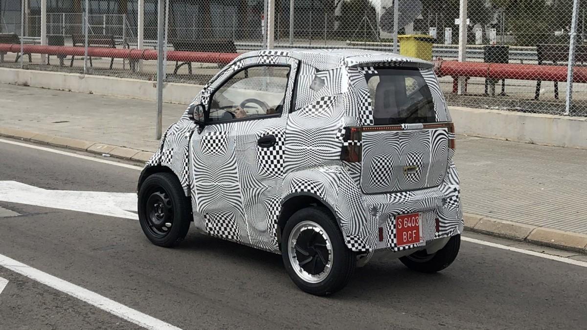 'Cazado' el prototipo del primer coche eléctrico de Silence en Barcelona