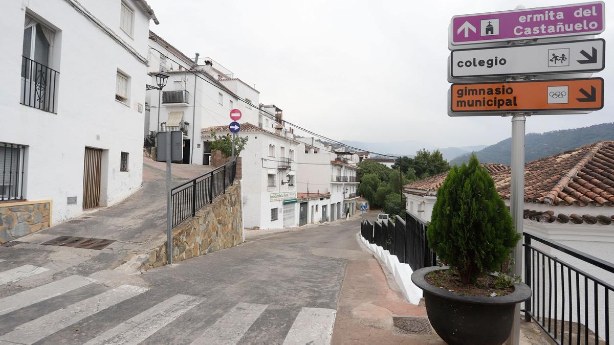 Jubrique, uno de los municipios desalojados a causa del incendio de Sierra Bermeja.