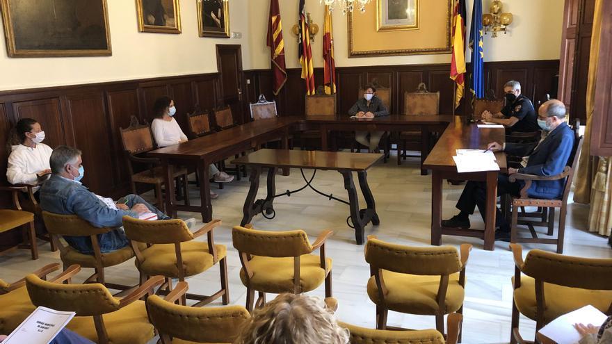 S'Alqueria Blanca recoge más de 500 firmas para pedir la reapertura del centro de salud