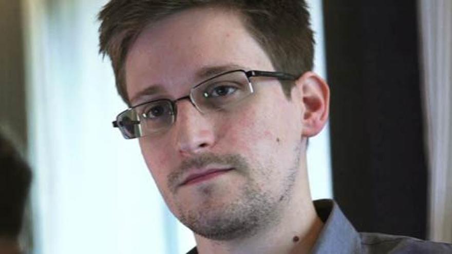El mundo espera la decisión de Edward Snowden