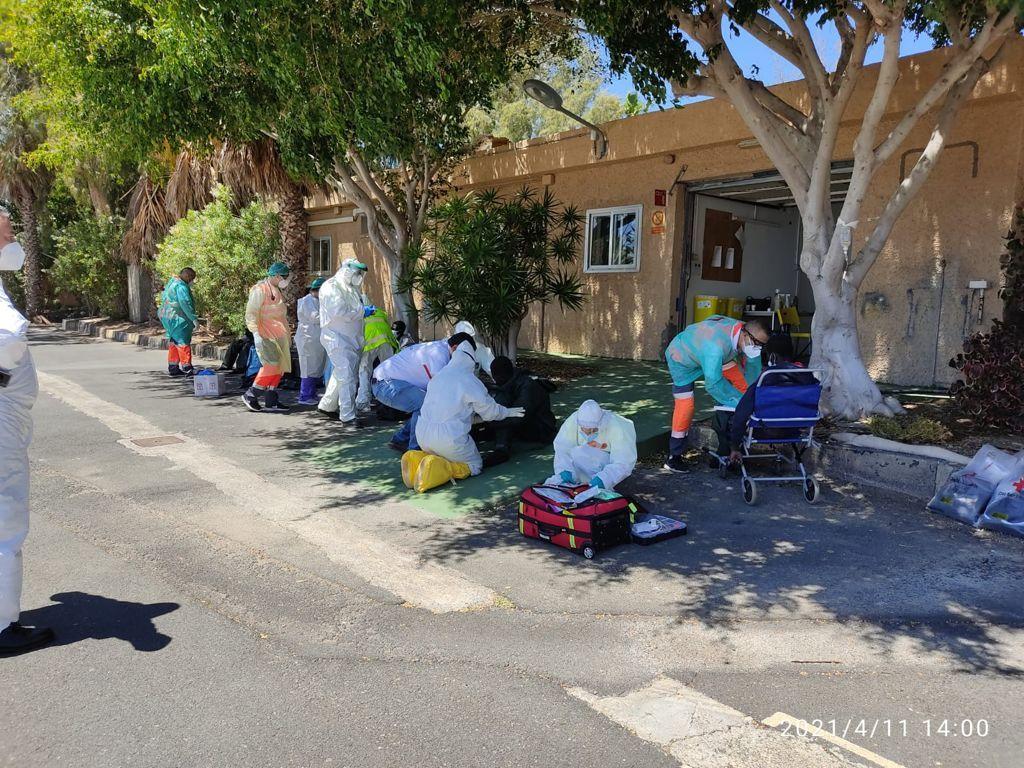 Asistencia en Tenerife a los migrantes rescatados al sur de El Hierro