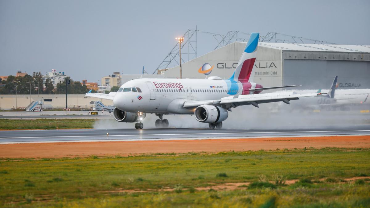 Eurowings airliner lands at Palma de Mallorca Airport