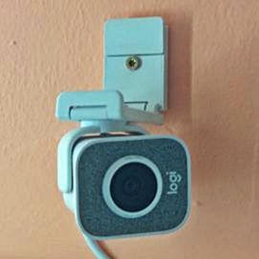 Una de las cámaras que se han instalado en el centro.