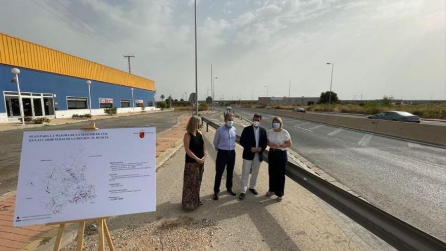 Una rotonda regulará el tráfico de Cartagena a Los Urrutias y El Carmolí