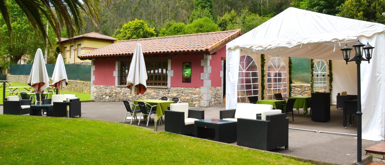 Hermosa terraza, con zona cubierta, en La Solana de Cuevas.