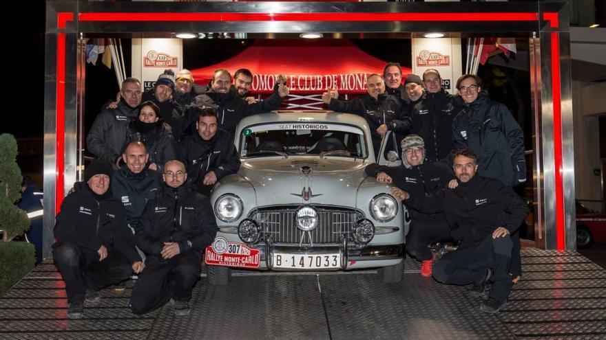 Los coches históricos de Seat brillan en Montecarlo