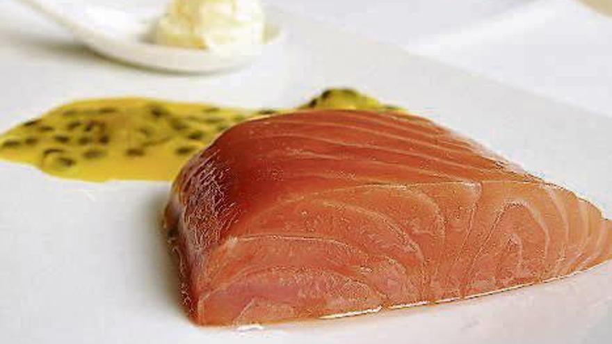 Trucos definitivo para evitar el olor a pescado si tienes la cocina abierta al salón