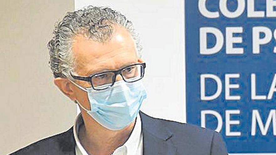 Pedreño solicita vacunar con la tercera dosis a los sanitarios de la Región