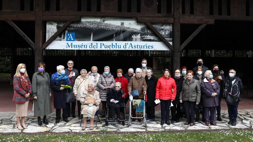 Rusia condecora a los neños de la guerra d'Asturies