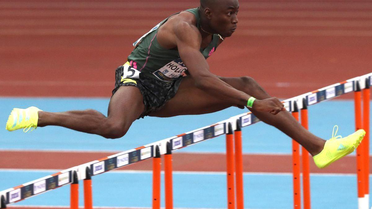 El estadounidense Holloway bate el récord del mundo de los 60 vallas