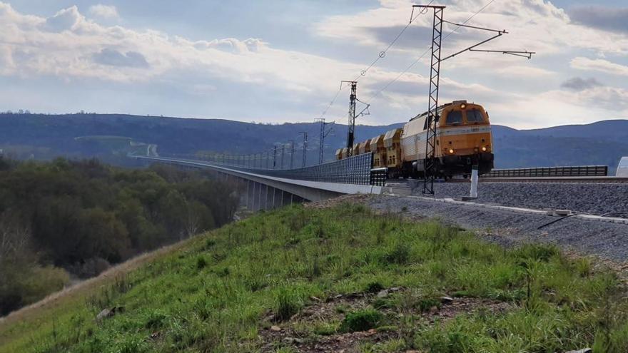ADIF implantará el control ferroviario más avanzado del mundo en el AVE de Pedralba a Orense