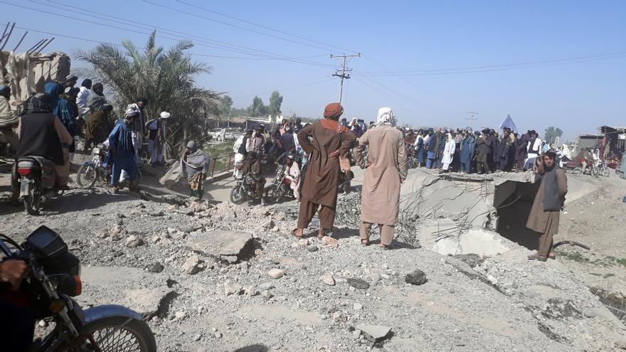 Los talibanes elevan a 18 las capitales de provincia capturadas en Afganistán