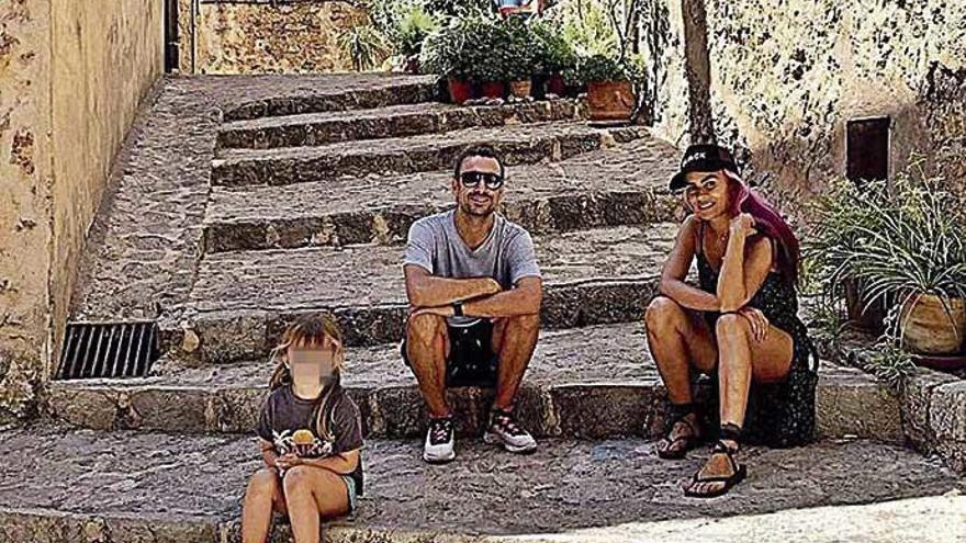 'Gelete' nieto recorre con su familia las calles de Valldemossa