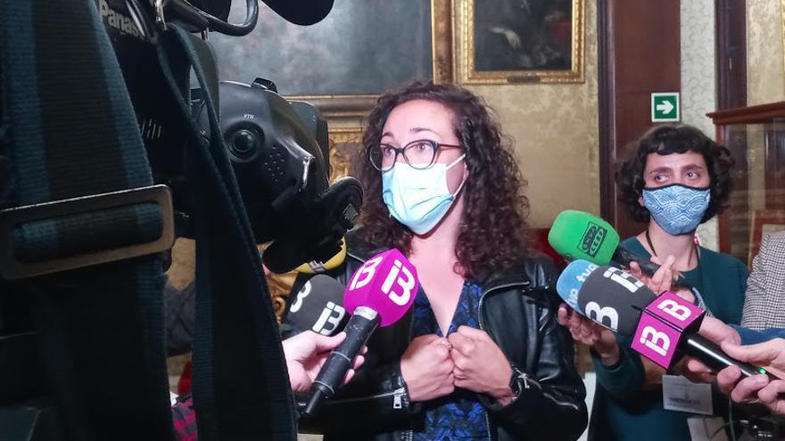 """La concejala de Seguridad admite que """"personas externas"""" accedieron al cuartel de Sant Ferran  al jubilarse un compañero"""