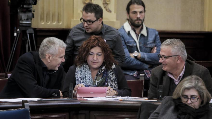 Sureda sustituirá a Font en el Parlament entre críticas internas en El Pi