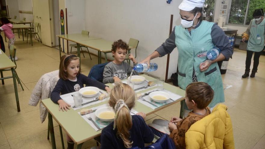 Coronavirus en Galicia   Los comedores escolares de Pontevedra y Marín se estrenan a medio gas