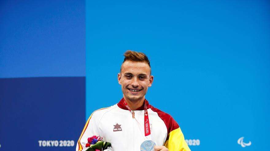 Íñigo Llopis, Marta Fernández y Sergio Ibáñez logran tres nuevas medallas de plata para España