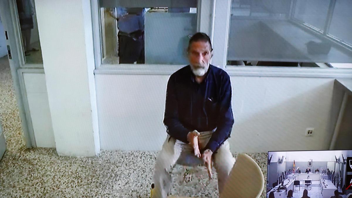 Vista de extradición de John McAfee.