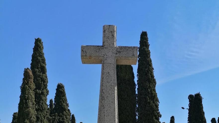 Luz y Vida honra a los muertos de la Semana Santa