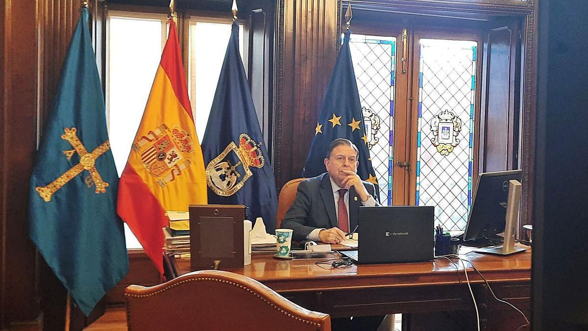 Canteli y la FEMP, a la espera de los fondos del plan de recuperación   LNE