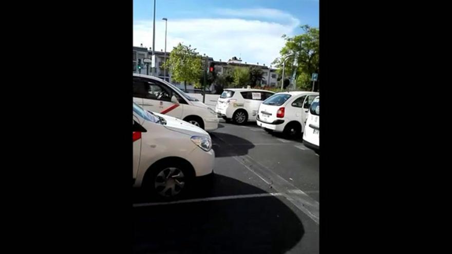 VÍDEO / Manifestación de taxistas en Córdoba
