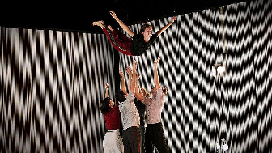 Dansa València estrena l'espectacle inclusiu «Soledad», de Titoyaya Dansa