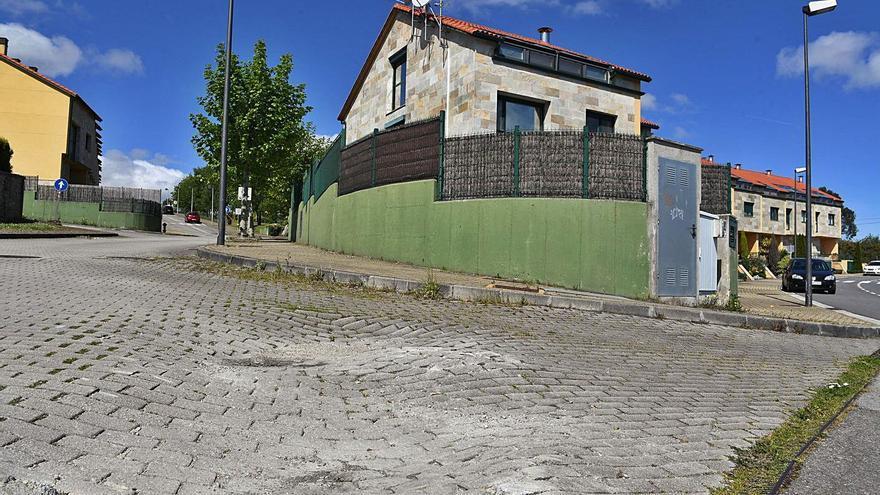 Urbanismo desatasca las obras en una zona de A Zapateira que debieron acabar en 2001