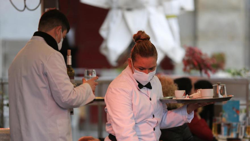 Madrid prórroga hasta el 15 de febrero el adelanto del cierre de hostelería a las 21 horas