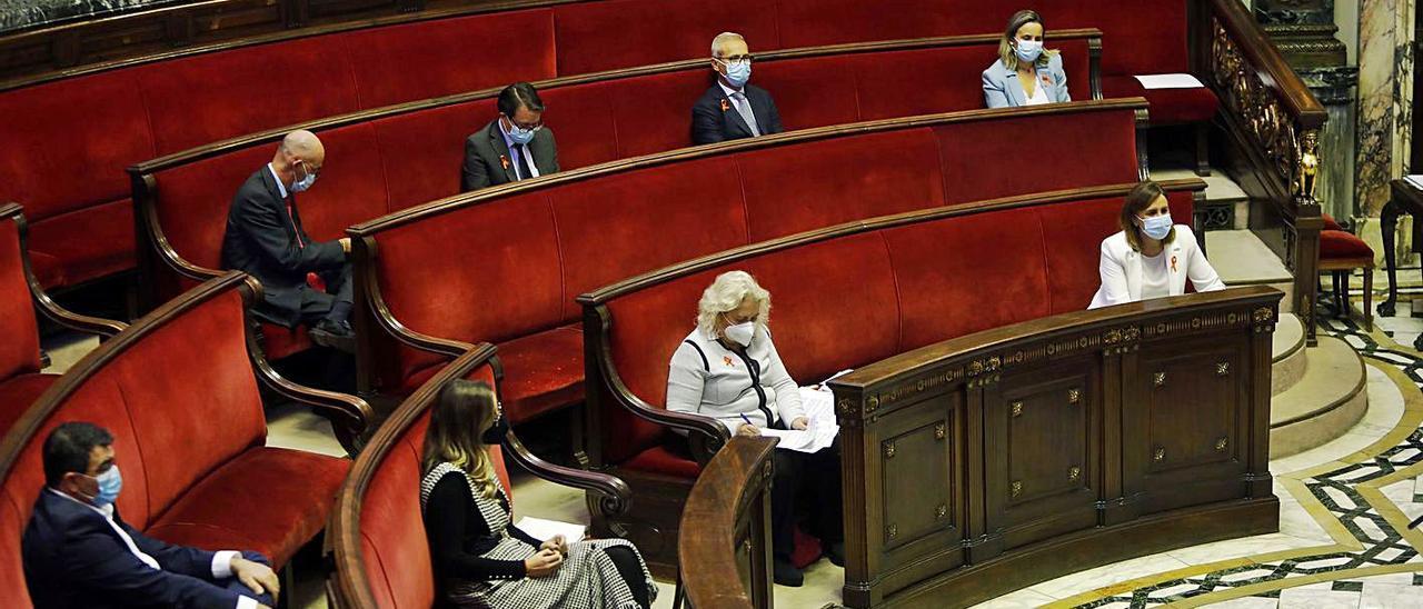 El Grupo Popular en el pleno del Ayuntamiento de València. | M. A. MONTESINOS