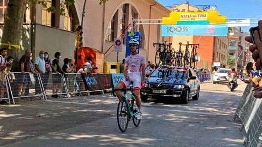 Moreno s'endú la tercera victòria al Festes del Tura