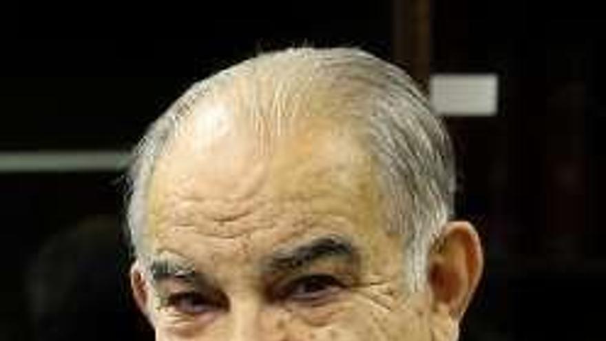 El presidente de la Cámara José García Costas, ingresado con coronavirus