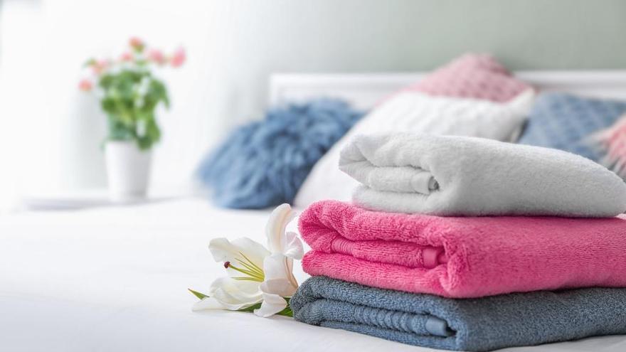 La clave para que tus toallas queden suaves y esponjosas usando un producto que tienes en casa