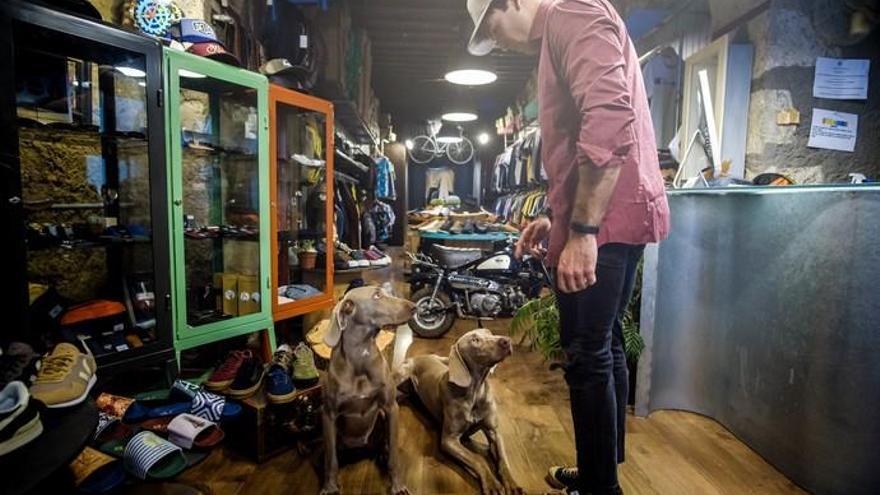 Faunario: Jorge Toledo y sus perros Silver y Plata