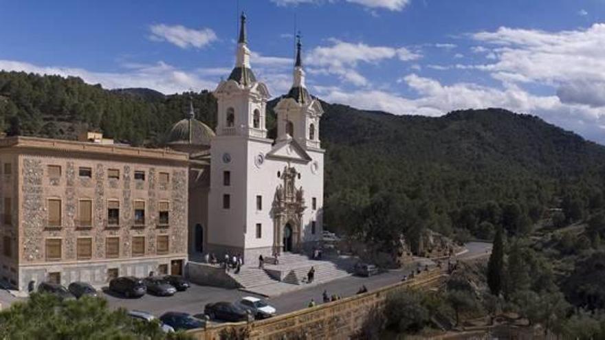 El Santuario de la Fuensanta, su entorno y la propia patrona serán Bien de Interés Cultural