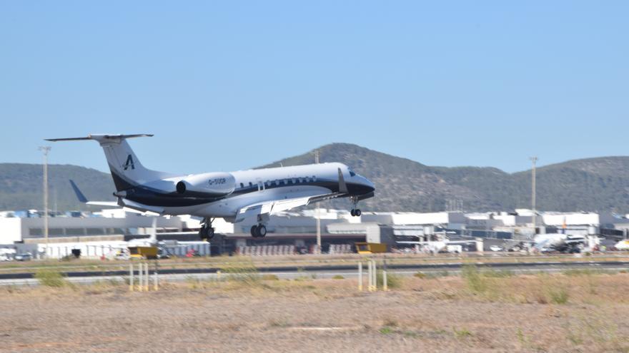 'Boom' de 'jets' privados durante la Pascua en Ibiza