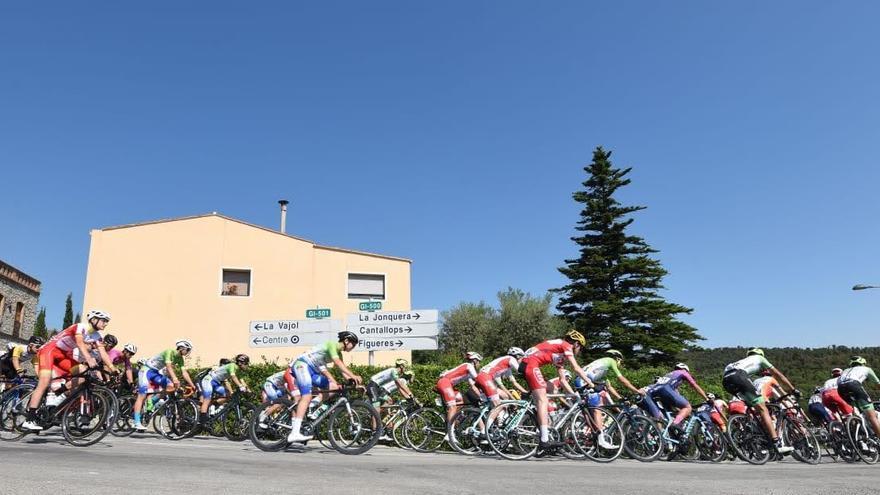 Agullana organitza amb èxit la primera etapa de la II Volta a Girona de Ciclisme