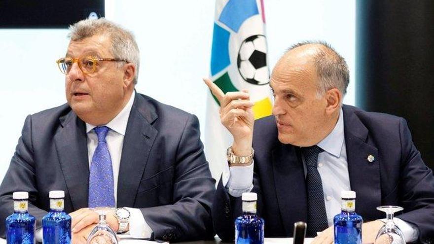 Los clubs refrendan su apoyo a Tebas contra la Federación