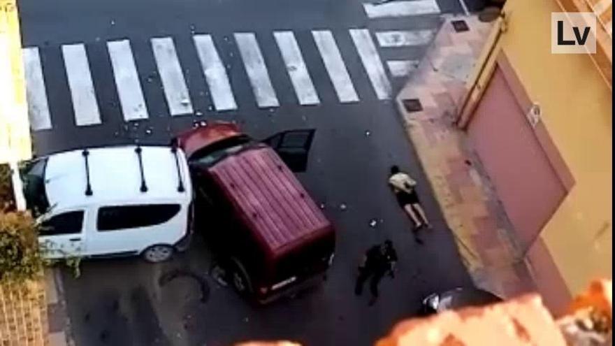 Roba un coche en Cullera y acaba empotrándose contra otro vehículo