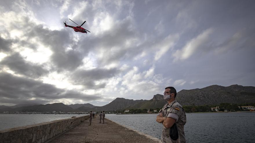 Helicópteros militares del Ejército de tierra realizan prácticas de rescate en Pollença.